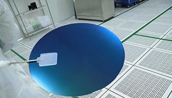 关于半导体硅晶圆
